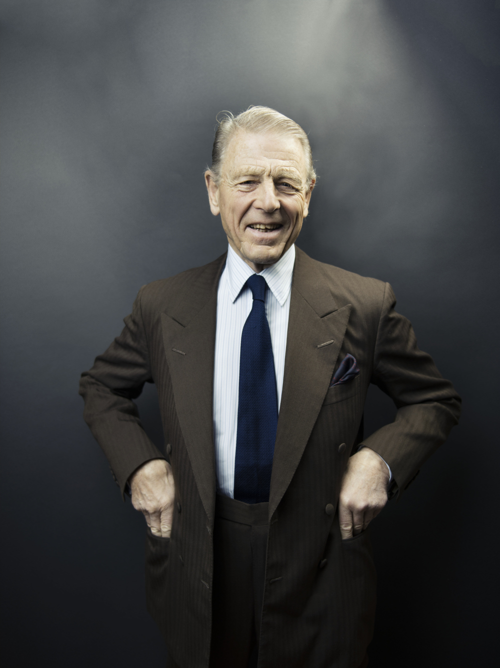 Interview with Edward Fox on the production An Ideal Husband