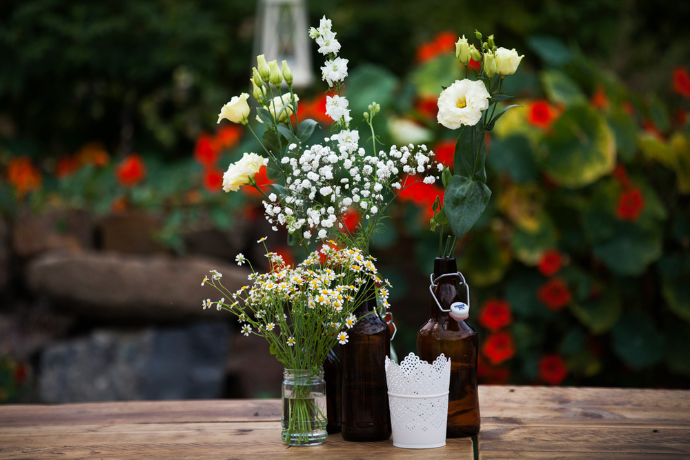 table-flowers-wedding