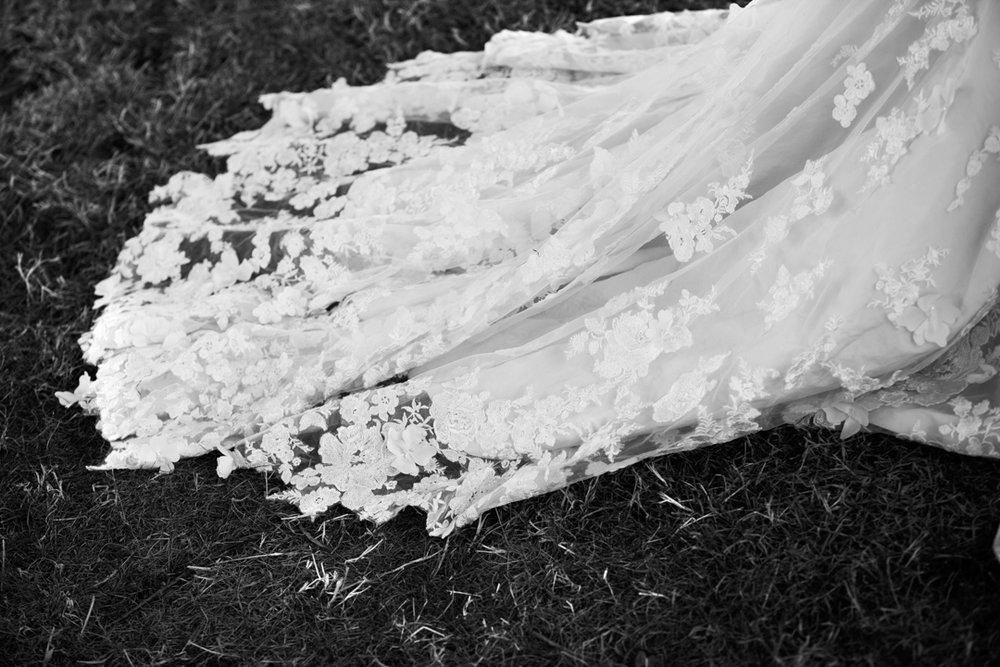 wedding dress lace train