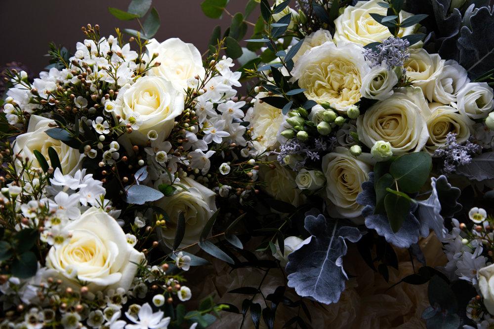 white rose wedding flowers
