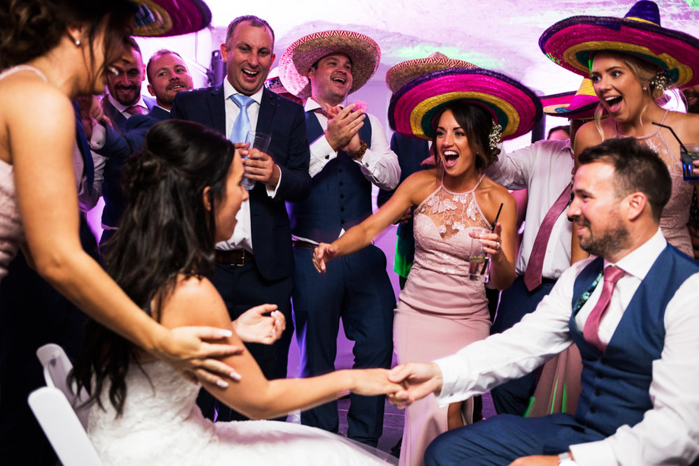 bride and groom surprise Mexican honeymoon