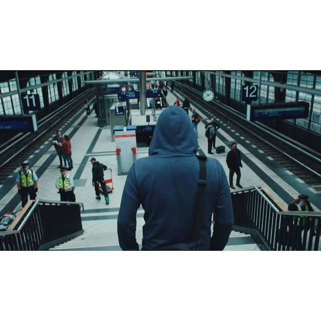Back home, now. Sorting frames from Berlin. This one: on the move through the S-Bahn. | #sonyframez #fujinon