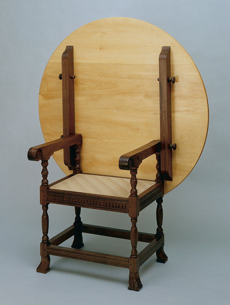 ChairTableWEB.jpg