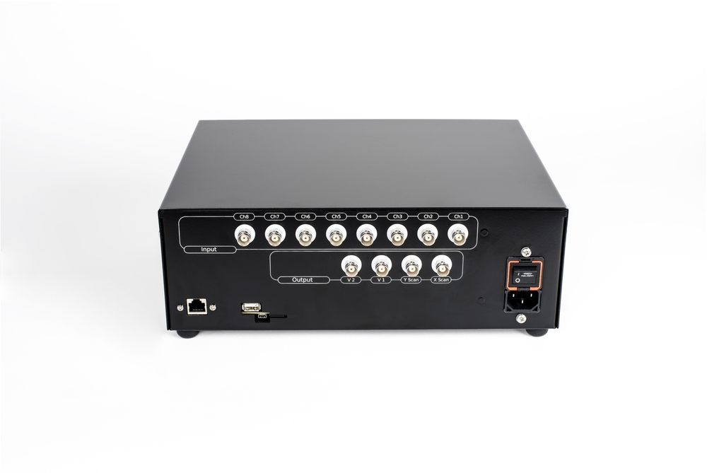 8 inputs, 2 voltage outputs, scan control