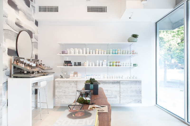 The beautiful interiors of Vivrant Beauty.
