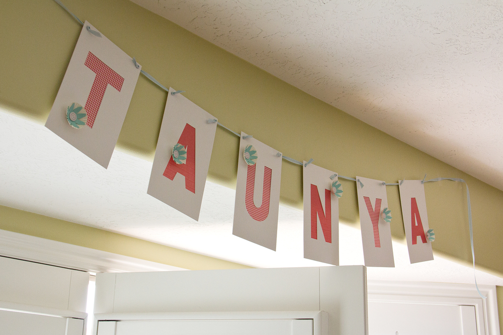 Another Taunya banner for decor