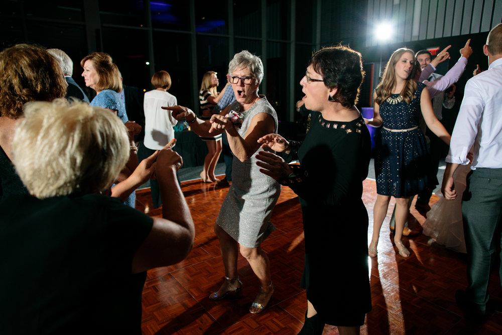 BeaudryOlesonWedding_DanceFloor_090917_414photography_020.jpg