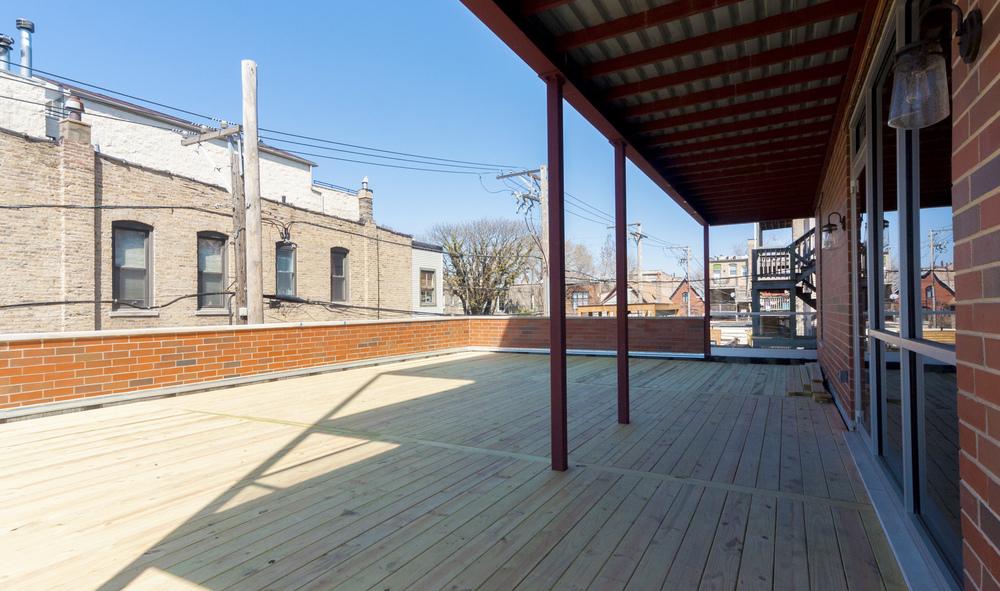 1000 North Damen Chicago Illinois Exterior Deck TARIS Real Estate