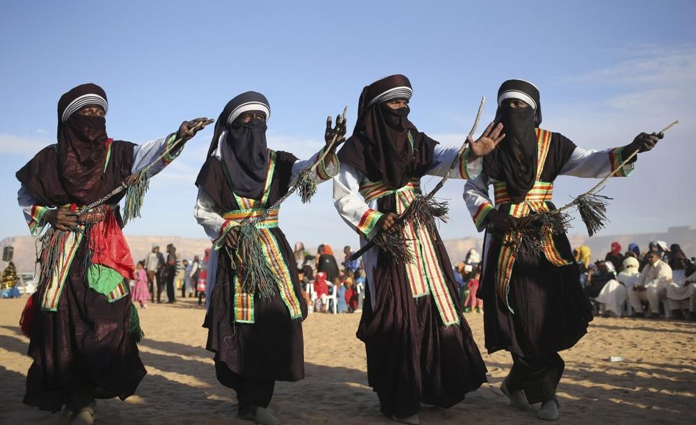 Image result for Ewegh ( Niger) dance