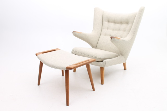 Cream Papa Bear Chair By Hans Wegner For AP Stolen