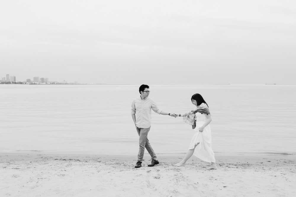 Nicodem Creative_Wang Engagement_Olive Park Chicago-17.jpg