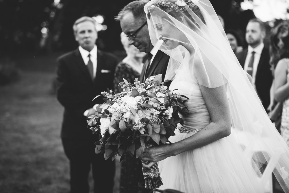 Nicodem Creative-Ondik Wedding-Fihserman's Inn Elburn-12.jpg