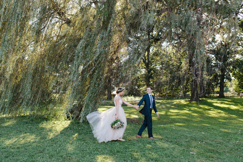 Nicodem Creative-Ondik Wedding-Fihserman's Inn Elburn-9.jpg
