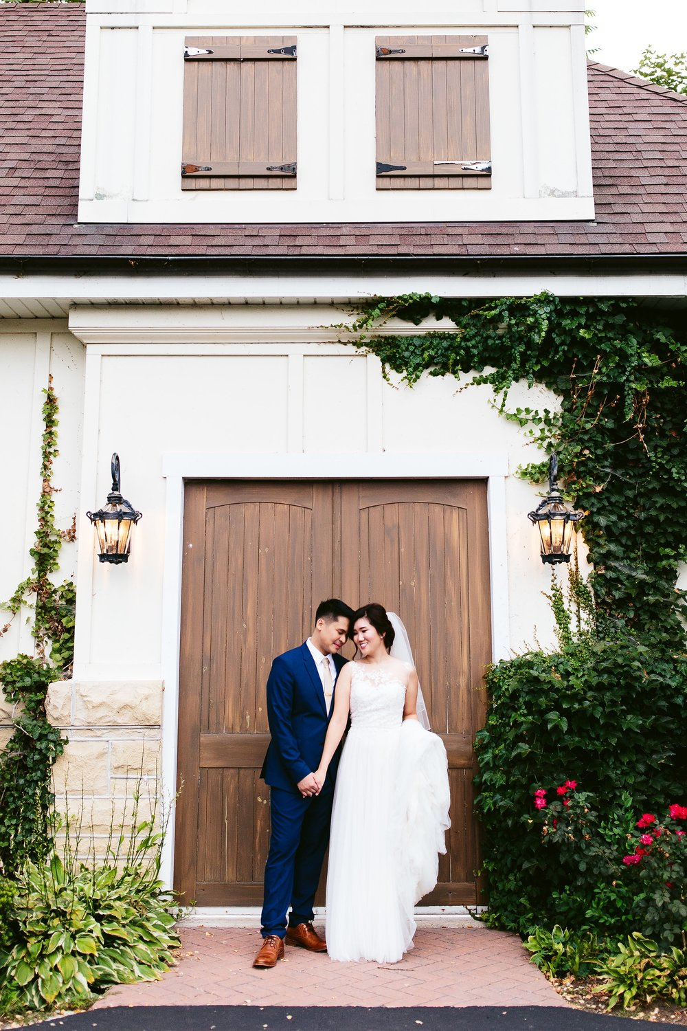nicodem-creative-chicago-wedding-photography-inspiration-patrick-haley-mansion-elana-darrus-makeup-bridal-boutique-of-naperville