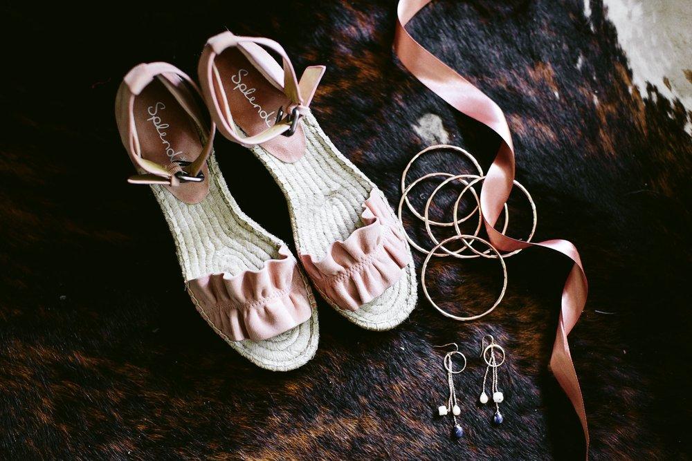 Nicodem-Creative-Wedding-Photography-Camp-Wandawega-Inspiration-Chicago-Vintage-Fun-Gussied-Band-Natalie-Mike