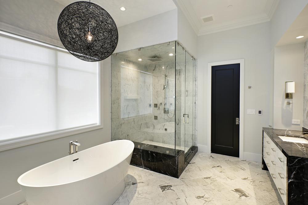 masterbathroom2_1922nhowe.jpg