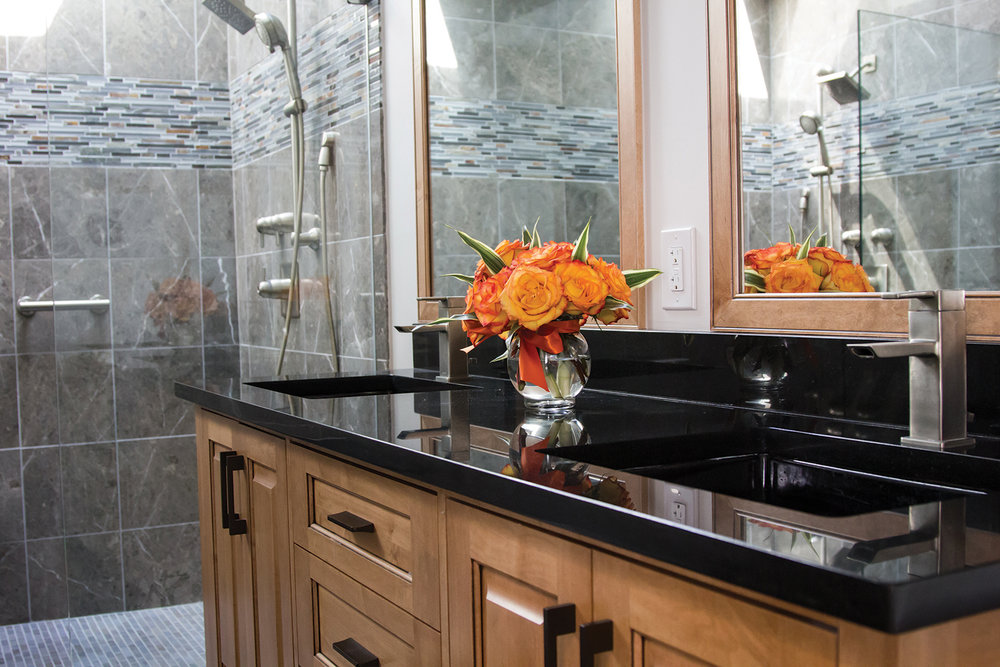 Full-service Bathroom Renovation    Get a FREE Estimate