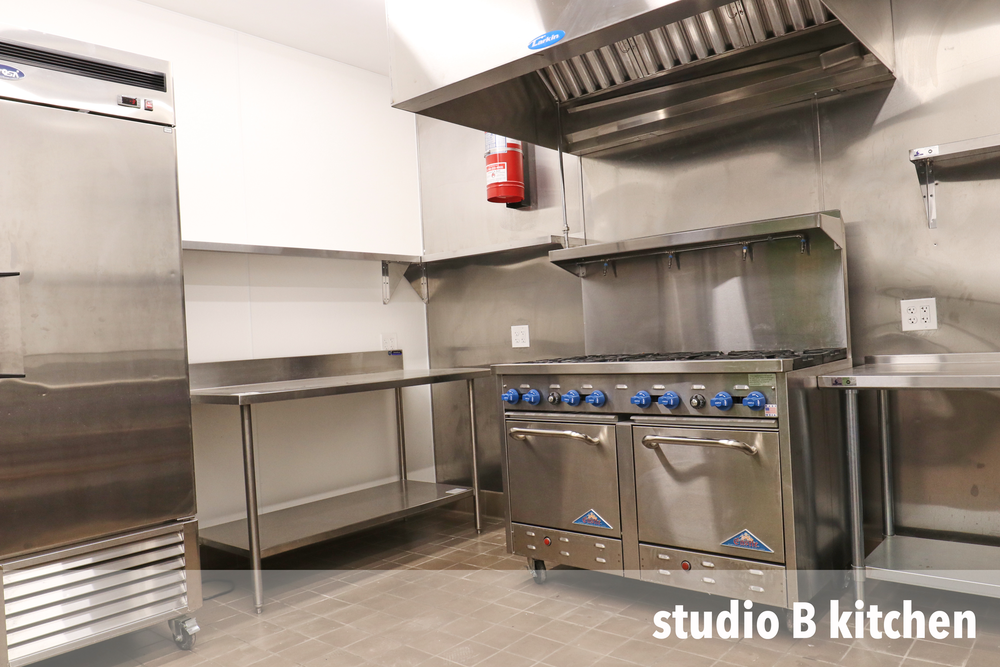 STUDIO-B-KITCHEN-4.png