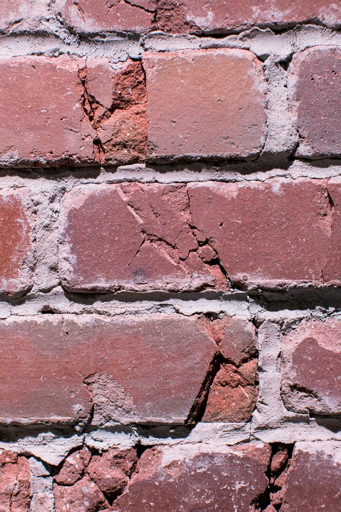 brick_3_670.jpg