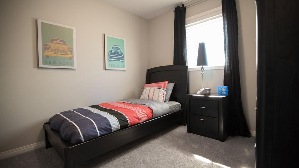 bedroom 2X9A6670.jpg