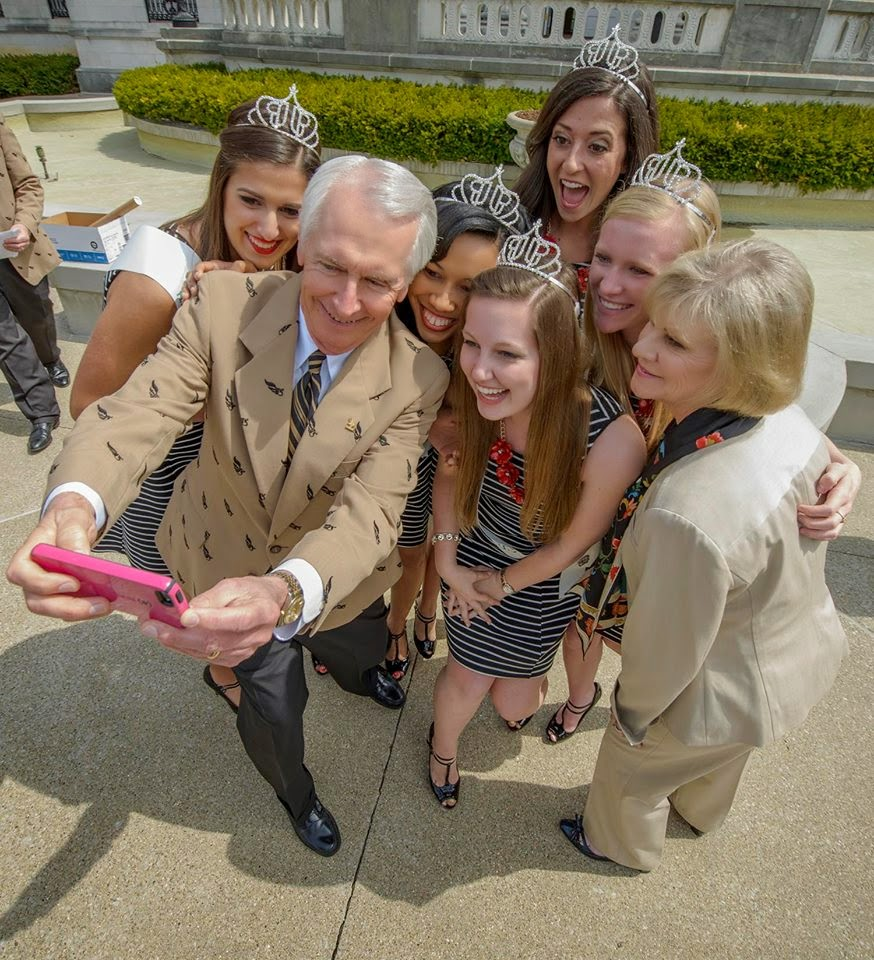 Fairy tales never included princesses taking selfies with the Governor... Pretty cool, eh? {Photo Taken By Marvin Young.}