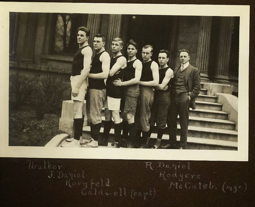 1913-1914 Louisville Cardinals Basketball