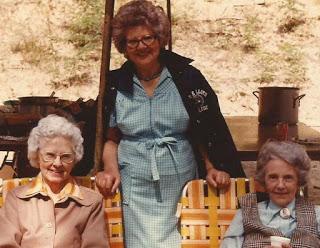 1-sisters.jpg