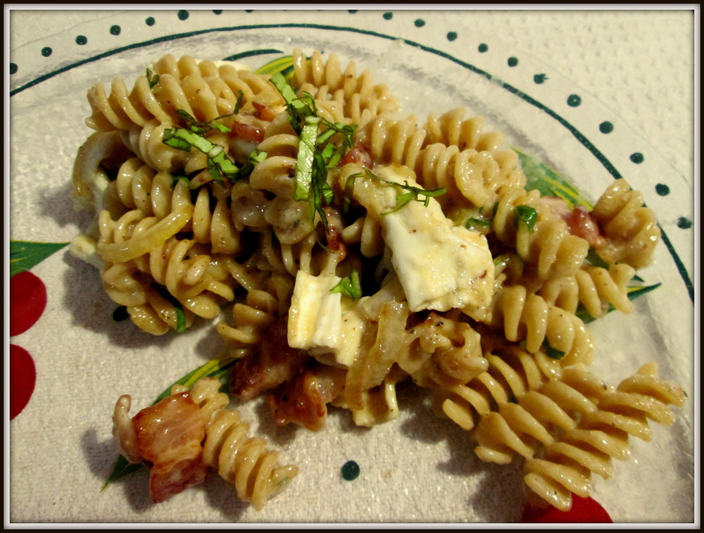 Brie, Bacon, and Basil Pasta