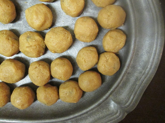 Plate of delicious peanut butter balls!