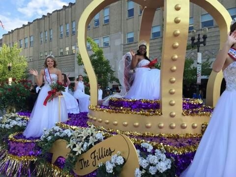 Ensley O. with the Derby Princesses on the Fillies Float at Pegasus Parade