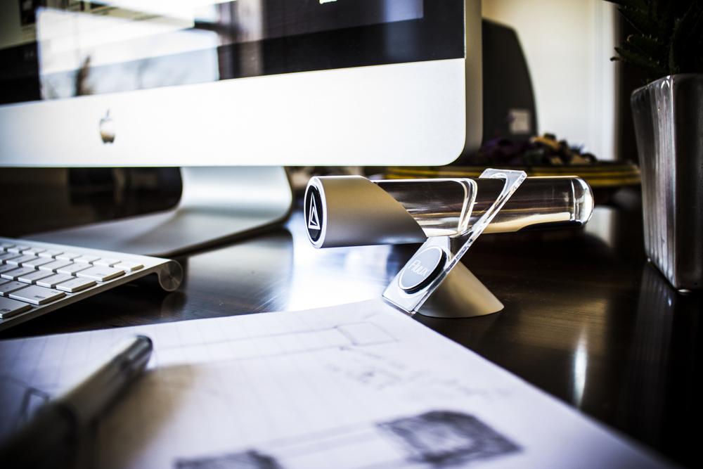 H+on+desk+2.jpg