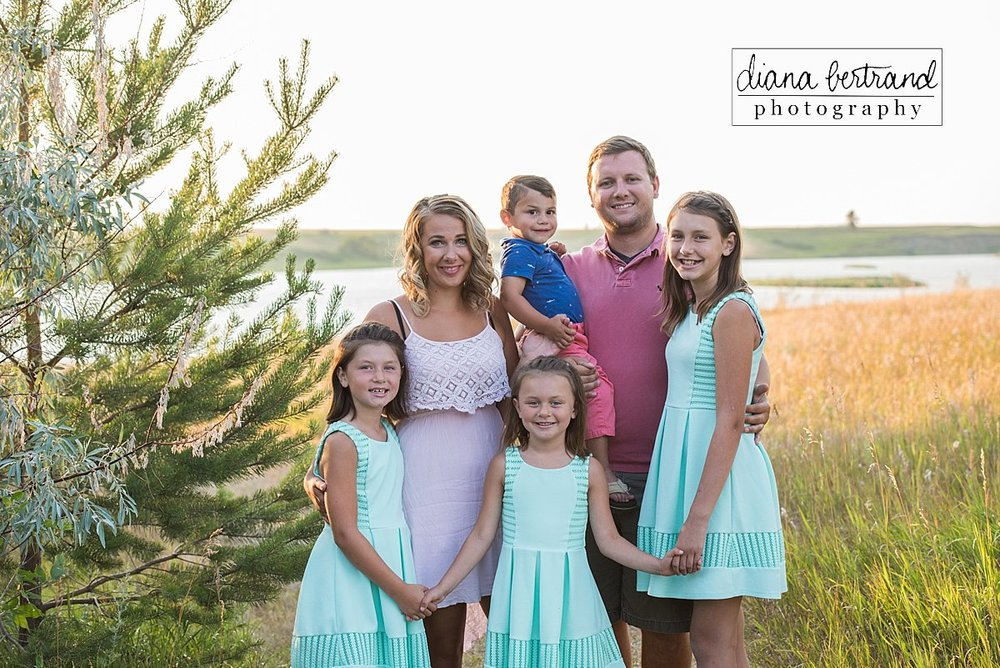 Garrison North Dakota family photographer Diana Bertrand_0001.jpg
