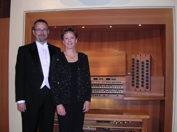 Stephen pictured with Wanda Griffiths at the Grand Organ at Claremont United Church of Christ