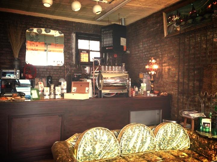 Georges-André Vintage Café