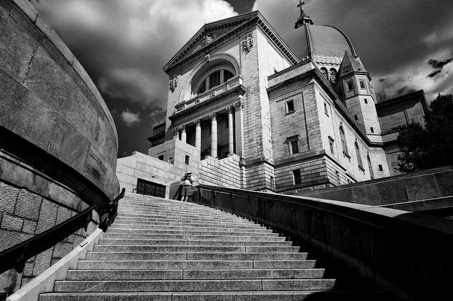 Oratoire Saint-Joseph du Mont-Royal, Emmanuel Huybrechts