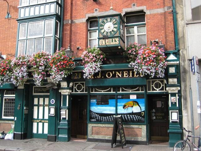 M.J. O'Neill's Pub, Paul Arps