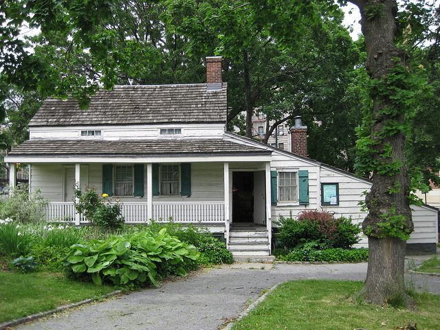 Poe Cottage, Coco Mault