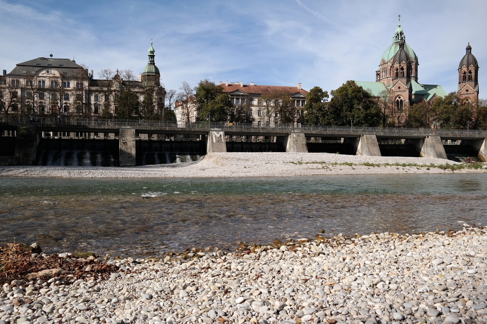 Down by the Inar River, one of my favorite places in Munich that we visited.