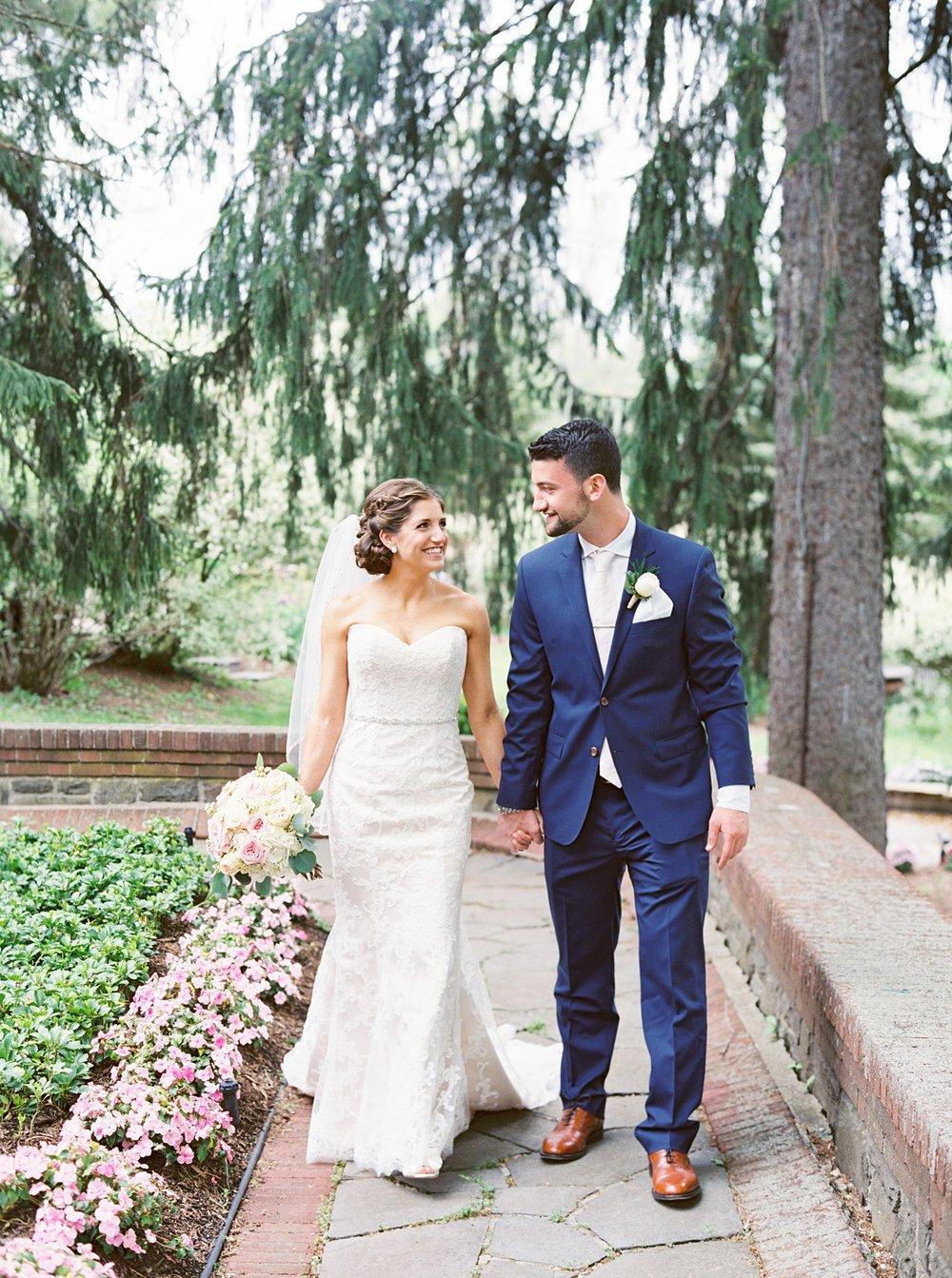 Round Hill Mansion Wedding