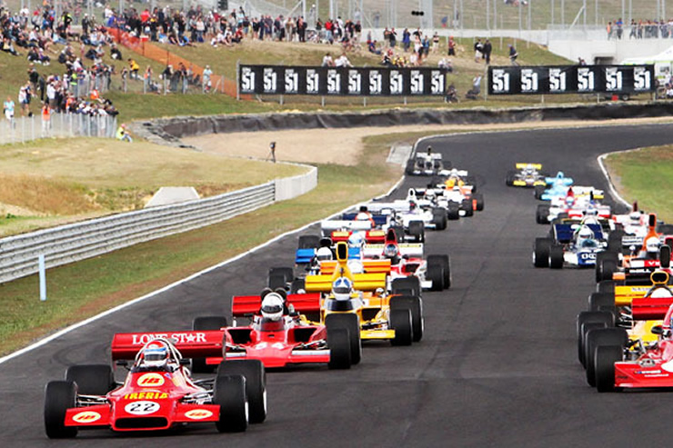 Car Racing - Hampton Downs
