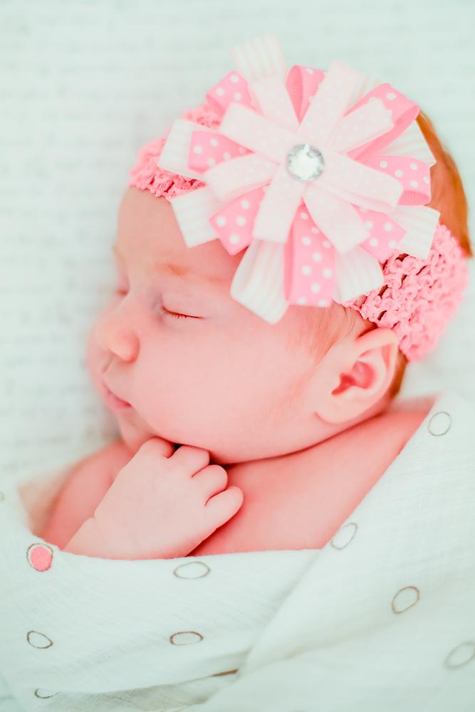 Chrisabel Photography - Caroleena Newborn 9.jpg