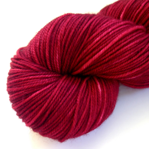 Red Delicious (in Frolic Sport)- dark apple red