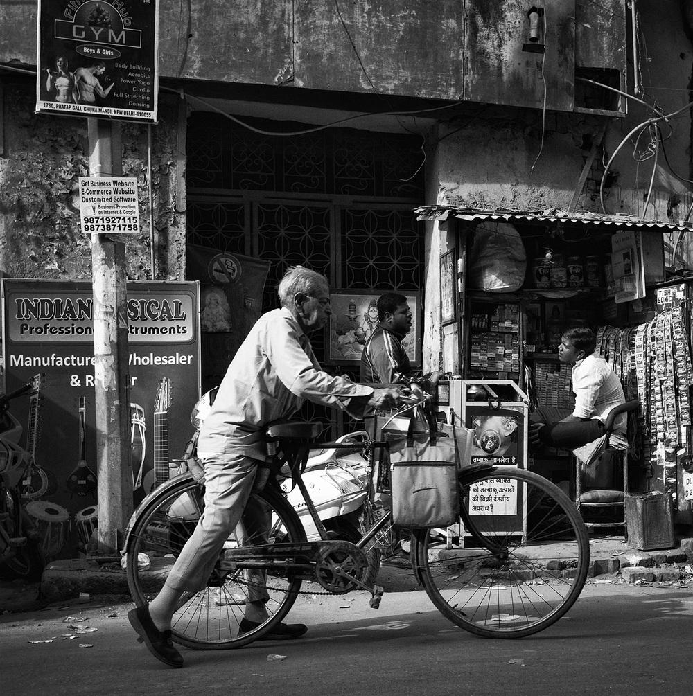 """Main Bazaar, Paharganj, Delhi""        photo copyright : Russell Shakespeare 2015"