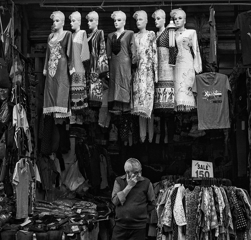 """Paharganj, Delhi, India""   photo copyright : Russell Shakespeare 2015"
