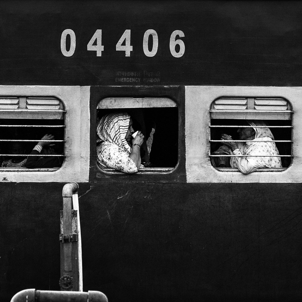 """""""Chai on the 04406""""                      © Russell Shakespeare 2016"""