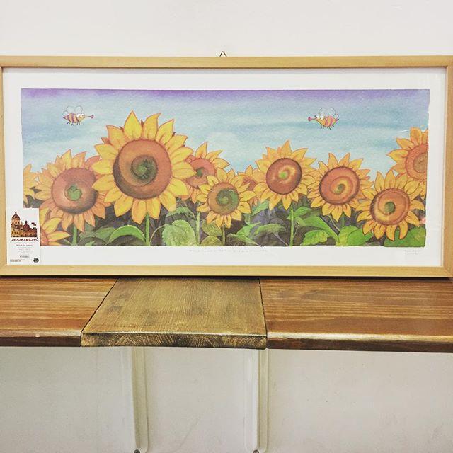 A beautiful stunning gift from an amazing artist Allesandro Valenti So much gratitude ❤️🙏🏻 Be sure to check his work on alvalenti.com #thegrassyhopper #lovinmalta #art #gratitude