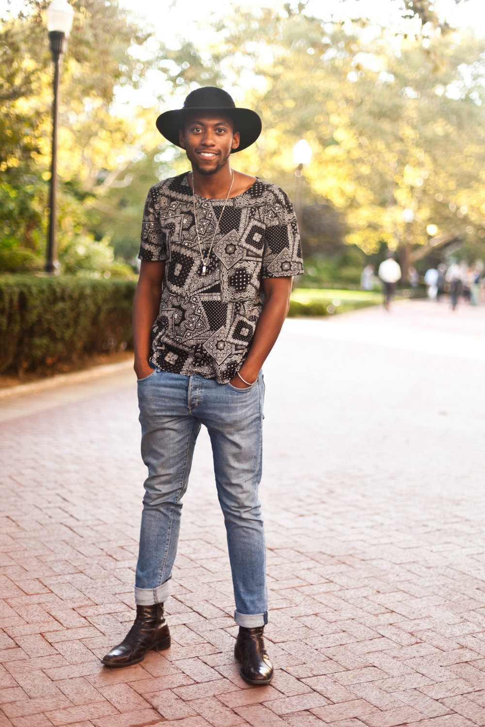 André Fuqua from Columbia H&M shirt and jeans and an Urban Outfitters hat