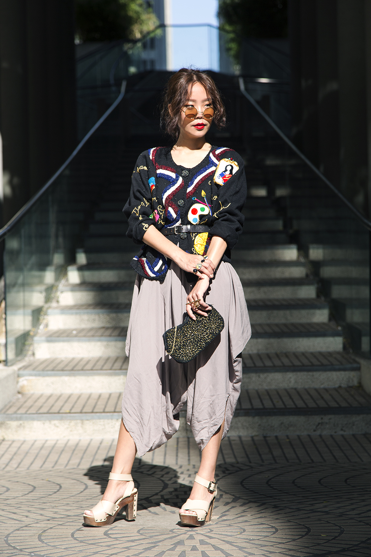Vintage  jumper,belt,purse & shades |  Sephora  lip cream 01