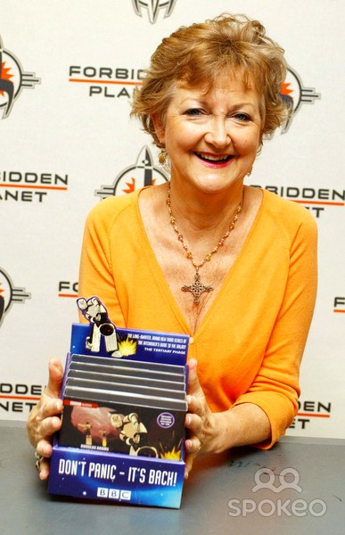 Sue at Hitchikers Signing.jpg