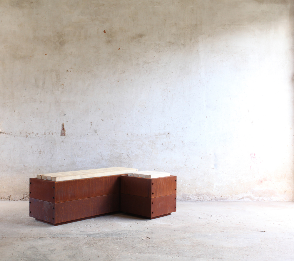 SKEMAH_Corten-Steel-Abilitybox-as-one-seat-and-bench-nrn14074503-web-res.jpg